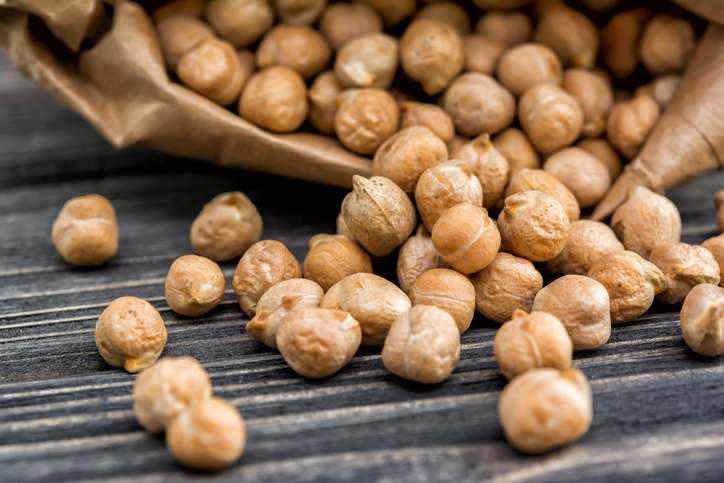 Chickpeas For Horses: Should They Be Cooked First? - FeedXL